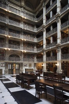 Biblioteca George Peabody, Baltimore. #LibraryArchitecture #LibraryBuildings #LibraryDesign