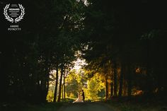 """Award-winning wedding picture - Wedaward - Post-wedding picture on the theme """"Alice in Wonderland"""" and """"A midsummer night's dream"""" - Zephyr & Luna photograhy"""