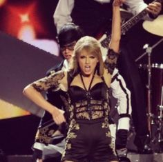 I knew you were trouble. RED tour