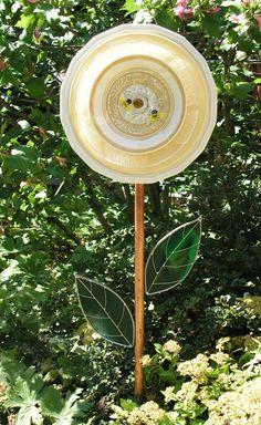 Garden Art Plate Flower Stained Glass by SerendipityGlassWrks, $45.00