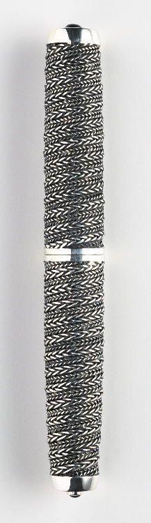 NAKAYA Spiral knot fountain pen - very cool