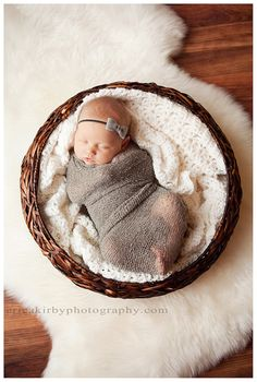 Newborn Stretch Knit Baby Wrap with Matching Felt headband, going to have to attempt a DIY...