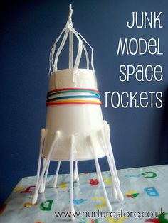 model space rocket Are your kids fascinated by outer space? They loved this junk model space rockets and lunar landscapeAre your kids fascinated by outer space? They loved this junk model space rockets and lunar landscape Space Activities For Kids, Stem Activities, Outer Space Crafts For Kids, Space Kids, Space Space, Space Projects, Projects For Kids, Art Projects, Junk Modelling