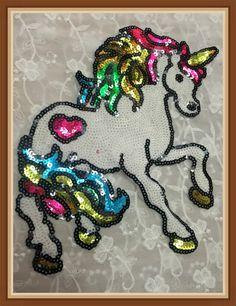 Paard lovertjes patch Grote Sequin Paard Eenhoorn Applique Patch Motief Trui naaien patch 2 stks/partij in Grootte( ca.): 24* 25cmKleur: weergegeven als afbeeldingDeze lijst is voor 2 stuks. Meer in voorraad-------------------- van patches op AliExpress.com | Alibaba Groep