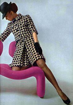Women S Fashion High Top Sneakers Key: 1842512336 60s Mod Fashion, 60 Fashion, Colorful Fashion, Fashion History, Fashion Photo, Vintage Fashion, Fashion Design, Madame Gres, Vintage Wear