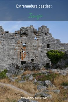 Castle spotting is one of the best things you can do in Extremadura. Discover Trevejo castle, in the remote Sierra de Gata area. Spain Travel, Travel Advice, Attraction, Maine, Remote, Spanish, At Least, Castle, Places