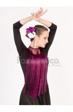 Flecos para Flamencas y Sevillanas - Flecos Color Fucsia Morado Magenta. Ideales para combinar con tus look flamencos. Más modelos y colores en www.esfantastica.com Collar Macrame, Crochet Collar, Crochet Shawl, Crochet Lace, Baby Patterns, Crochet Patterns, Flamenco Costume, Indian Dresses, Couture