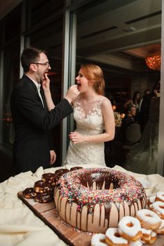 More Doughnut wedding cake. Doughnut Wedding Cake, Cupcake Stand Wedding, Wedding Donuts, Doughnut Cake, Fancy Wedding Cakes, Unusual Wedding Cakes, Beautiful Wedding Cakes, Mr Mrs Cake Toppers, Rustic Cake Toppers