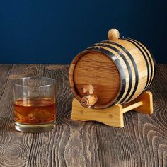 Create your own label with this oak barrel kit for aging whiskey and rum. >> Brother would love this.