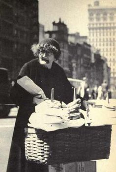 An elderly pretzel vendor in NYC during the Great Depression & an essay about living in the city during that time.