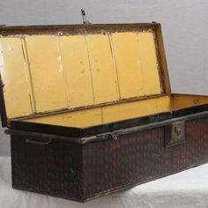 Vintage Metal Military Box - The Hoarde