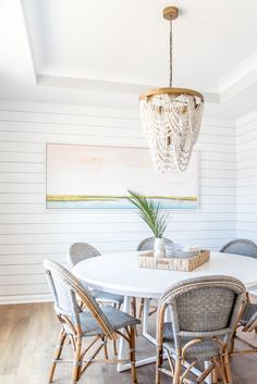 Consider this vital graphic as well as have a look at the presented details on home renovation ideas Interior Inspiration, Room Inspiration, Beautiful Dining Rooms, Beautiful Homes, Boho Home, Beach House Decor, Beach Houses, Beach Chic Decor, Beach House Lighting