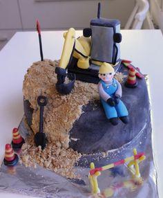 #leivojakoristele #mitäikinäleivotkin #täytekakku Kiitos Maria