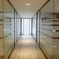 Aldes Ofis Bölme Sistemleri Glass Office Partitions, Entrance, Divider, Office Designs, Interior, Room, Furniture, Home Decor, Entryway