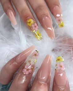 most eye catching spring nails acrylic coffin 1 Best Acrylic Nails, Summer Acrylic Nails, Spring Nails, Polygel Nails, Swag Nails, Gorgeous Nails, Pretty Nails, Jasmine Nails, Fire Nails