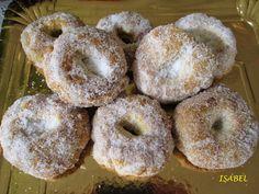 : ROSCOS DE ANIS AL HORNO Gluten Free Christmas Cookies, Spanish Desserts, Mantecaditos, Small Cake, Quick Bread, Churros, Sin Gluten, Flan, Bagel