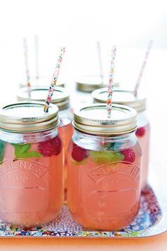 DIY Kilner jar cocktails - perfect to give wedding guests.