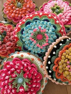 Freeform Crochet, Crochet Granny, Crochet Motif, Knit Crochet, Crochet Flower Tutorial, Crochet Flowers, Crotchet Stitches, Sewing Patterns, Crochet Patterns