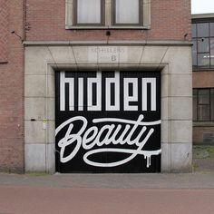 Black & White #typographicsgraffitti