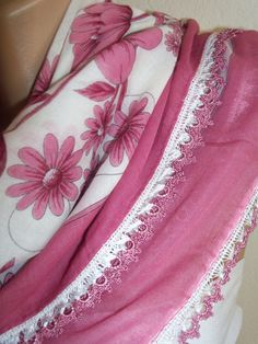 Pink DaisyGorgeous Turkish Traditional by colourfulrose on Etsy, $20.90