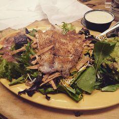 #fiesta #fish #salad #lowcarb #lowcarbandlovingit #rva #mexican #hangingwiththegirls by foxyoxymoron