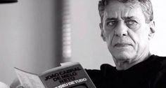 Chico Buarque lê João Cabral de Melo Neto na série 'Encontros inspiradores'.