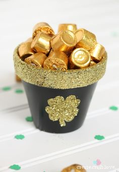 Easy Homemade Pot of Gold for 2015 st. patrick's Day, DIY Holiday ...