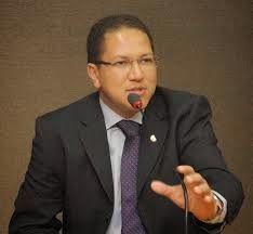 Expressaounica: PSDB, PRP e PSC formam bloco e escolhem Augusto Ca...