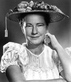 In MEMORY of MINNIE PEARL on her BIRTHDAY - Born Sarah Ophelia Colley Cannon, American country comedian who appeared at the Grand Ole Opry for more than 50 years (from 1940 to 1991) and on the television show Hee Haw from 1969 to 1991. Oct 25, 1912 - Mar 4, 1996 (complications of a stroke)