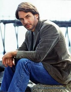 I remember when Mark Harmon looked like this.