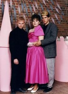 Bad Prom Pics - http://blog.hepcatsmarketing.com - check out our blog network for more news like this!
