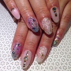 @mee_yagi #Kanae #handpainted #gelnail #nailart #vanityprojects (at Vanity Projects)