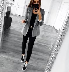 blazer and black skinny jeans all day every day! blazer and black skinny jeans all day every day! 30 Outfits, Casual Work Outfits, Business Casual Outfits, Professional Outfits, Mode Outfits, Work Attire, Work Casual, Classy Outfits, Fall Outfits