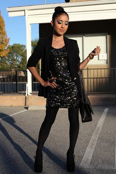 Outfit black with gliters