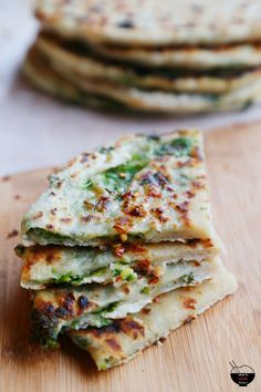 CHINESE SCALLION PANCAKES | I made Chinese scallion pancakes few years ago and been making it since then. Traditionally, the scallion pancakes are made without cilantro. But I love it though. It adds a great flavor in there too. @whattocooktoday