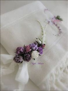 Image result for ribbon embroidery toalhas