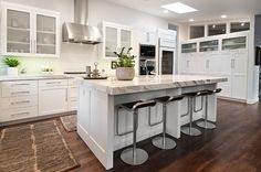 Marble on the kitchen island can change the look of the entire room