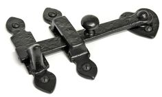 Kirkpatrick 3620 Cupboard Latch - A superb quality, iron gate latch. Unsurpassable British quality, hand forged in a foundry in the West Midlands. Primitive Living Room, Gate Latch, Rustic Doors, Exposed Wood, West Midlands, Gate Design, Southwest Style, Wood Turning, Cupboard