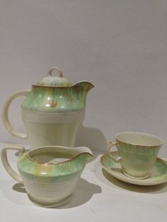 The original beryl woods ware design 1920s  slip ware which later. Became beryl ware  very. Very rare HJ woods. Woods and sons