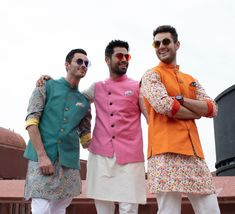 Weddings Discover Take a look at our favorite styles from the brand that are created for the fashion-forward groom. Indian Wedding Clothes For Men Beach Wedding Men Outfit Beach Wedding Groomsmen Indi Beach Wedding Men Outfit, Indian Wedding Clothes For Men, Wedding Kurta For Men, Summer Wedding Outfits, Wedding Dress Men, Indian Wedding Outfits, Outfit Beach, Wedding Jacket, Indian Weddings