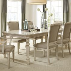 Dina Extendable Dining Table