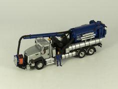 Caterpillar Vactor 2100 Plus Toy Trucks, Fire Trucks, Kids Power Wheels, Truck Scales, Caterpillar, Scale Models, Military Vehicles, Diecast, Arrow