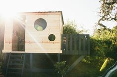 I have been wanting to build a modern playhouse for our boys for a while now….I've had a dozen ideas pinned on a Pinterest board but the simple and sleek modern one'scaught my eye the most. When my 71 year old dad came to visit I commissioned him to help me build it. With only...Read More » »