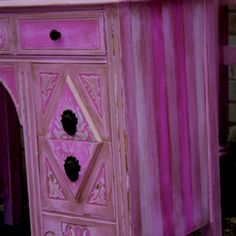 Pretty painted furniture for a little girl's room