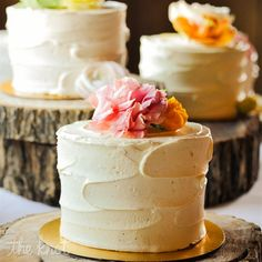 Love these mini wedding cakes -- google image (from the knot)