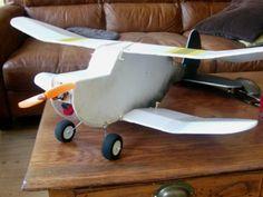 Old Fogey biplane build in foamboard!