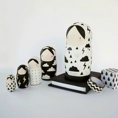 Oh my goodness I seriously need to get on painting my own set of babushkas - these are beautiful!