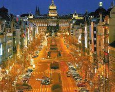 Wenceslas Square - Vaclavske namesti - Vaclavak - Center of Prague Great Places, Places To See, Prague Hotels, Prague Travel, Prague Czech Republic, Heart Of Europe, Europe Photos, Most Beautiful Cities, Travel Couple