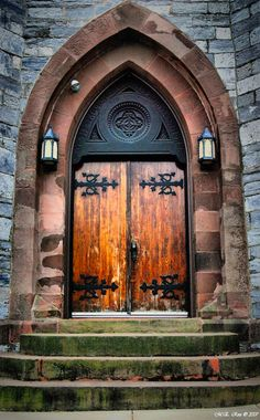 Doors to salvation at Christ Presbyterian Church in Lebanon, Pennsylvania • photo: meross on deviantart