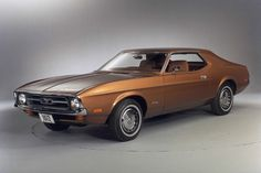Ford Mustang -72